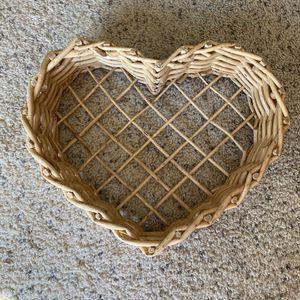 ‼️Heart Shaped Wicker Basket‼️ for Sale in Edgar, WI