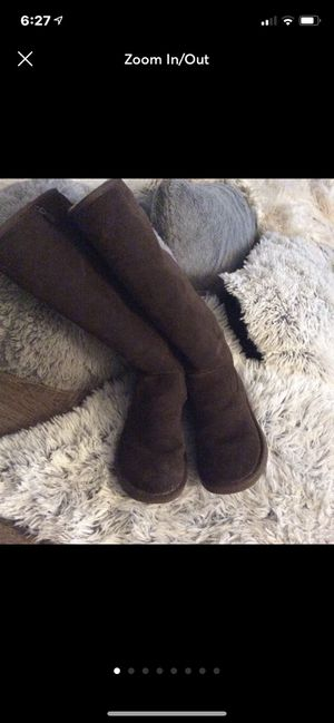 Brown knee high Ugg's rare size 7 for Sale in Hilliard, OH