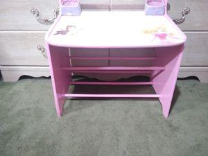Princess desk $10 for Sale in Seminole, FL