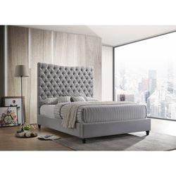 Linen Fabric Tufted Headboard Platform Bed Frame for Sale in Monterey Park,  CA