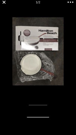 """Hamilton Beach 10"""" enameled solid cast iron frying pan skillet,red for Sale in Tacoma, WA"""