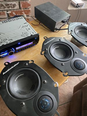 """AUDIOBAHN USED 6""""X 8 """" / 5x7"""" 200 MAX WATTS CAR STEREO PANEL PLATED SPEAKERS. $50.00 obo for Sale in Riverside, CA"""