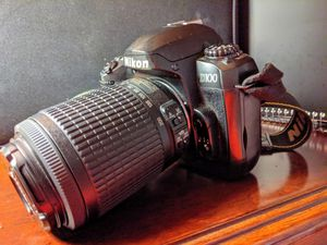 NIKON D100 for Sale in Frisco, TX