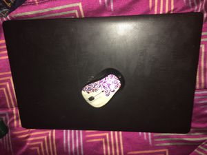 Acer laptop with wireless mouse for Sale in Vallejo, CA