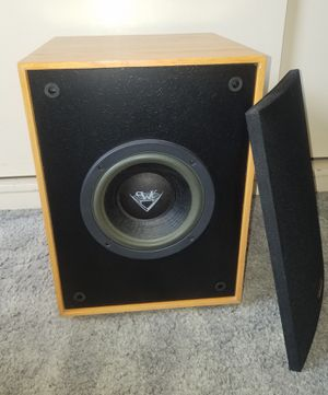 Klipsch Subwoofer in Excellent condition for Sale in Alhambra, CA