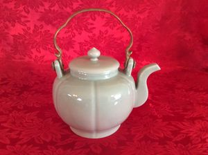 Chinese Celadon Teapot for Sale in Bauxite, AR