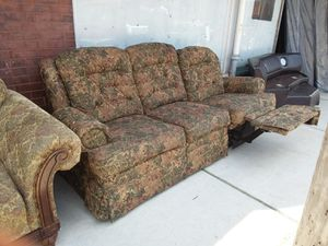 """""""Lazy Boy"""" Duel Reclining Sofa! for Sale in St. Louis, MO"""