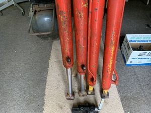 Hydraulic cylinders for Sale in Morgantown, WV