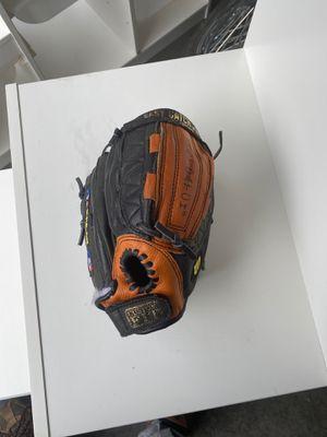 Kids Baseball glove for Sale in Vancouver, WA
