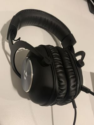 Logitech g pro headset like new condition for Sale in Mukilteo, WA