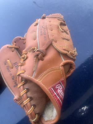 Baseball gloves for Sale in Phoenix, AZ