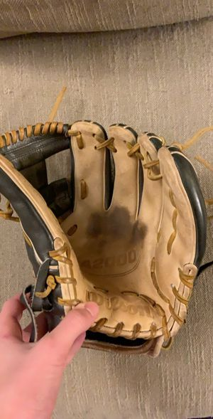 Wilson A2000 baseball glove 1786 pro stock for Sale in York, PA