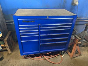 Snap-on box for Sale in Soledad, CA