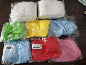 NEWWW WASHABLE DIAPERS AND PADS for Sale in Miami, FL
