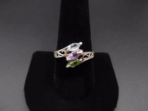 Vintage Size 9 Sterling Silver Rustic Amethyst Peridot Topaz Band Ring Wedding Engagement Anniversary Elegant Statement Cute Cool for Sale in Lynnwood, WA