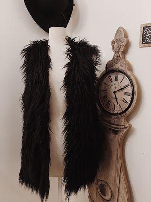 Forever21: Black faux fur vest for Sale in Los Angeles, CA