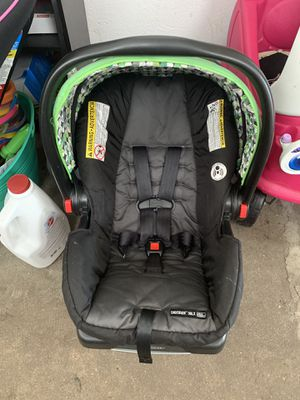 Graco Snugride 30LX for Sale in Burlington, NJ