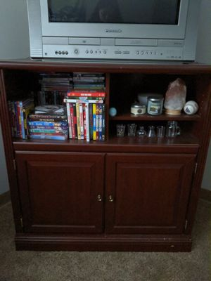 Entertainment system with storage for Sale in Findlay, OH