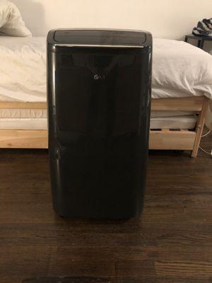 LG portable AC w/ Dehumidifier - 12,000 BTU for Sale in New York, NY