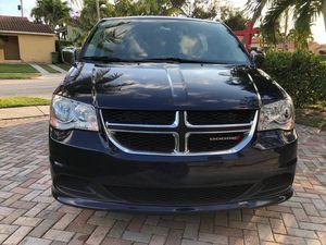 Dodge Grand Caravan 2015 excellent condition low miles! for Sale in Miami, FL