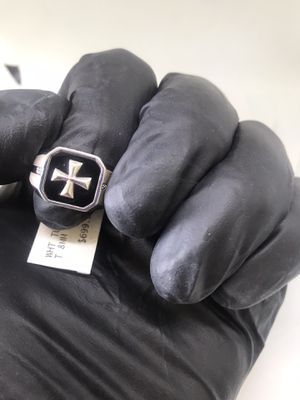 Men's 925 Sterling Silver Cross Ring with Diamond for Sale in Downey, CA
