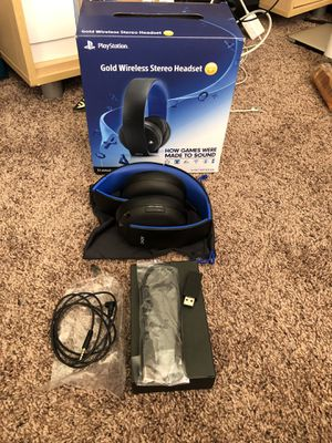 Gold Wireless PlayStation Stereo Headset for Sale in Moreno Valley, CA