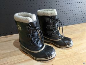 Sorel kids snow boots for Sale in Eagle, ID