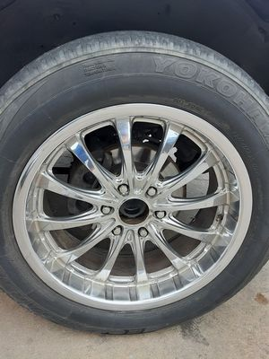 """20"""" rims with tires 245/60/20 6 lug for Sale in Austin, TX"""