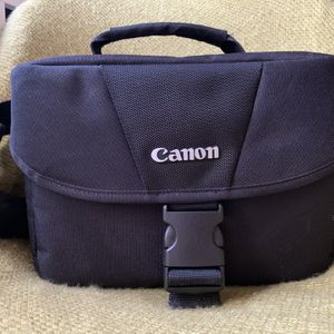 Canon Camera Shoulder Bag for Sale in Aurora, CO