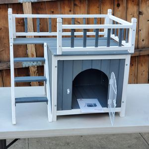 Two Sizes Wooden Pet House Dog Cat Puppy Room for Sale in Los Angeles, CA