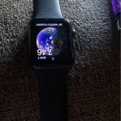 Apple Watch Series 3 42mm for Sale in Brooklyn,  NY