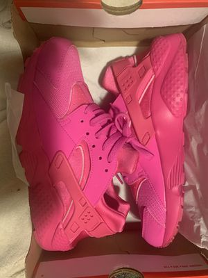 Pink huaraches for Sale in San Francisco, CA