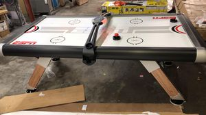 ESPN Belham Collection 8 Ft. Air Powered Hockey Table with Overhead Electronic Scorer and Table Cover, Black (LITTLE SHIPPING DAMAGE ON THE TOP) for Sale in Stafford, TX