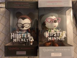 Disney Collectors: Hipster Mickey & Minnie for Sale in Glendale, CA