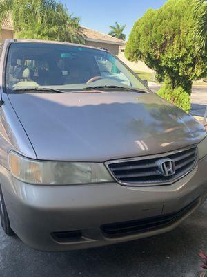 2004 Honda Odyssey 151k miles minivan for Sale in Miami, FL