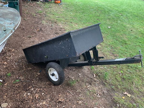 Atv or ride on lawn mower dump trailer