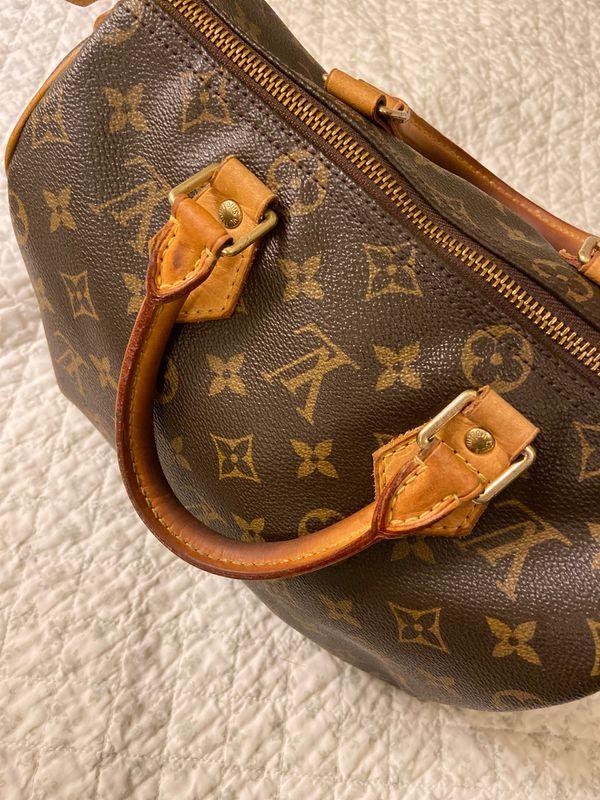 100% Original Louis Vuitton purse/bag