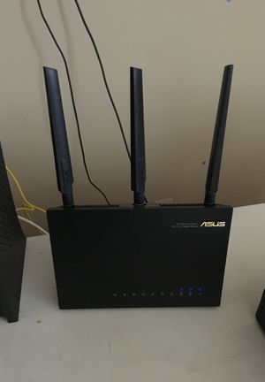 ASUS AC1900 Router for Sale in La Verne, CA