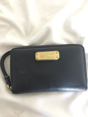 Black pebbled leather Marc Jacobs's passport wallet for Sale in Tempe, AZ