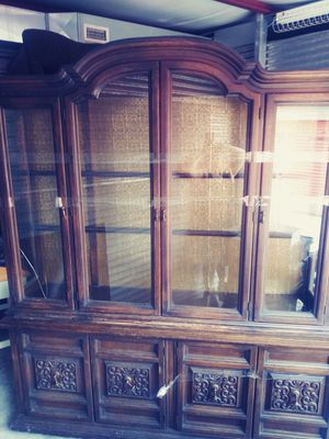 China Cabinet (Antique) for Sale in Austin, TX