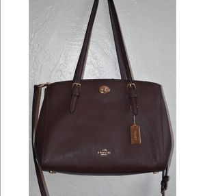 maroon medium coach bag for Sale in San Jose, CA