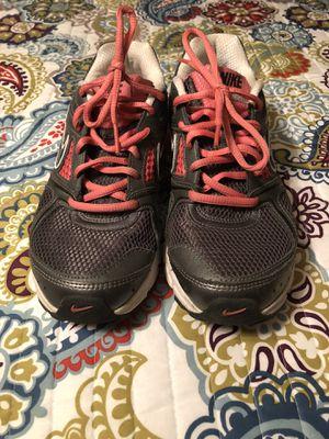 Nike Women's size 8 Athletic Shoe for Sale in Elkton, KY