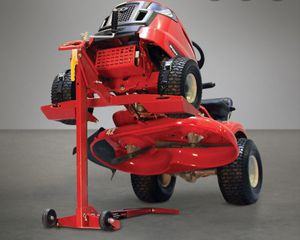 Troy bilt mower lift for Sale in Warwick, RI