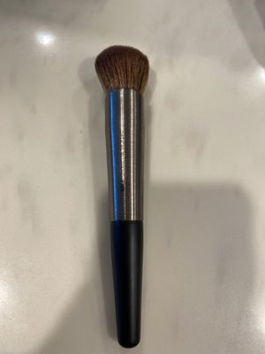 Urban Decay Optical Blurring F105 Brush for Sale in Los Angeles, CA