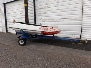 Cool little one man boat w/o motor for Sale in Orem, UT
