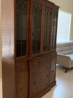 China Cabinet, Vintage 1940's, Stunning, Well Made for Sale in Scottsdale,  AZ