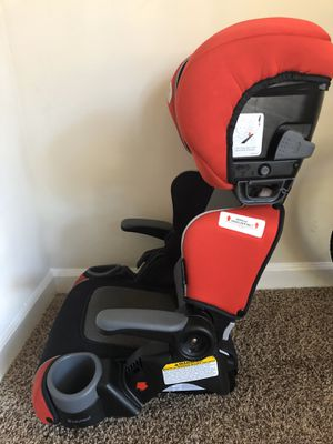 Booster car seat for kids for Sale in Duluth, GA