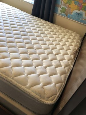 Queen Size size mattress (frame and box spring not included) for Sale in Wake Forest, NC