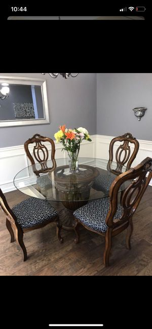 Formal dinning room table & chairs for Sale in Atlanta, GA