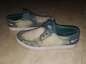 Nike canvas shoes size 10.5 for Sale in Akron, OH